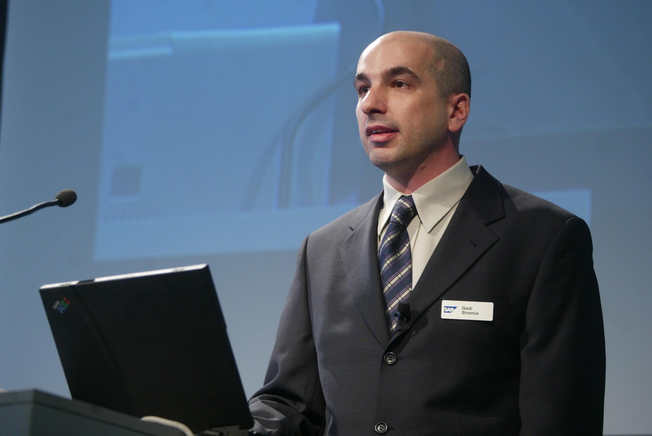 Phó chủ tịch bán hàng, tiếp thị và quản lý sản phẩm SAP Business One - TopManage